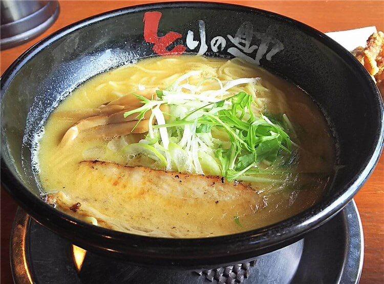 濃厚鶏白湯ラーメンの『濃鶏そば』