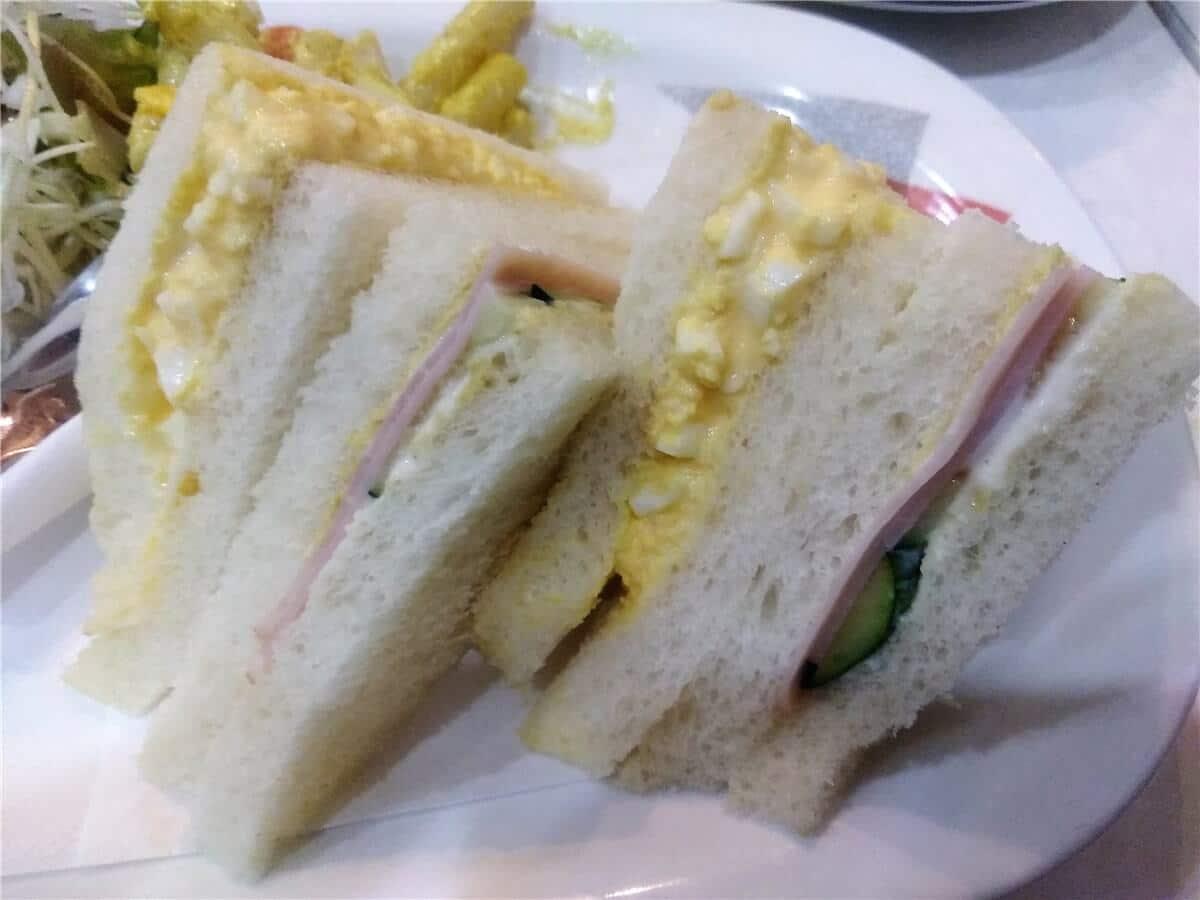 ヤナギのサンドイッチモーニング