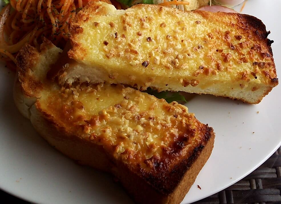 ポラリスのアーモンドトースト