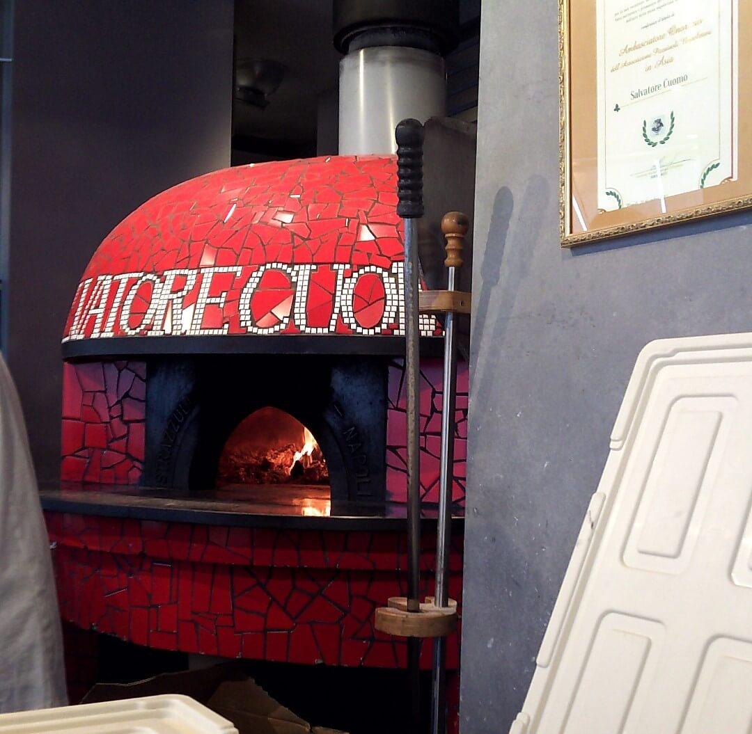 サルヴァトーレ・クオモのピッツァ窯