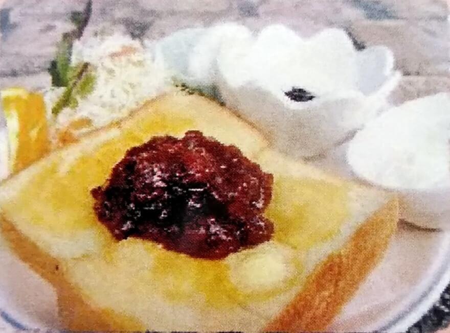 ミスティコのモーニングC:小倉トースト