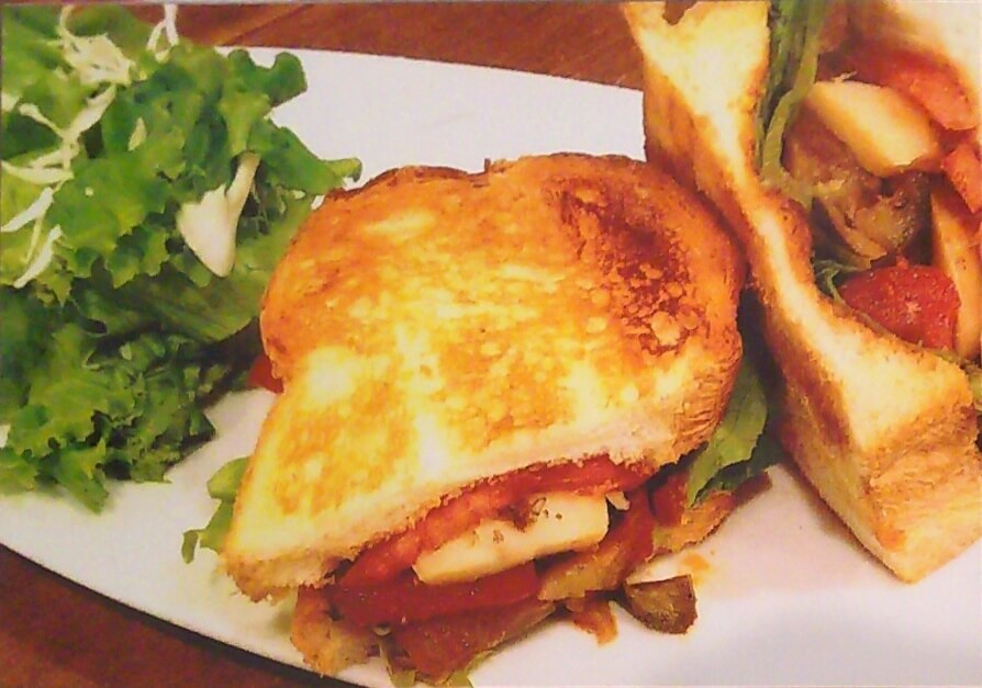 ラタトュイユのサンドイッチ