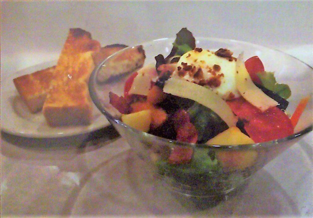 季節の野菜のサラダのランチセット